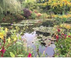 Monet's garden at Giverny Canvas Print 30x24